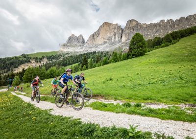 Mountainbike Tour mit Mindful Movings in Carezza